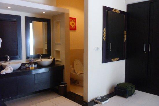 Bali Yubi Villa : Bathroom