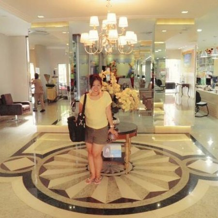 Taroba Hotel: At the lobby of Best Western Hotel...