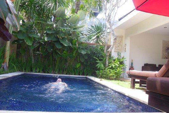 Bali Yubi Villa : Pool area