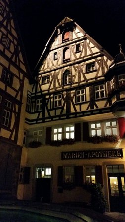 Rothenburg Town Hall (Rathaus): Old house