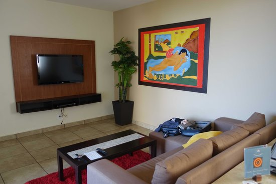 Ixchel Beach Hotel: Room 2201-Living Room