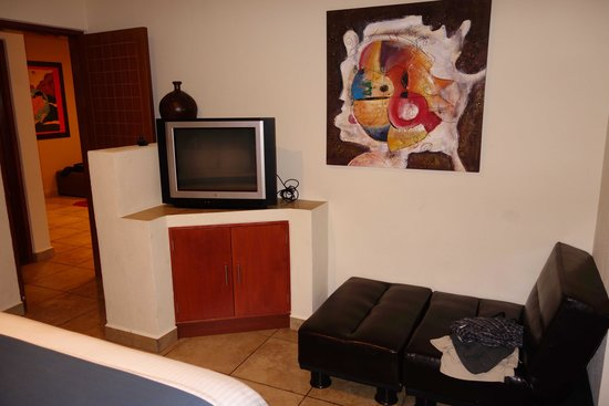 Ixchel Beach Hotel: Room 2201-Bedroom
