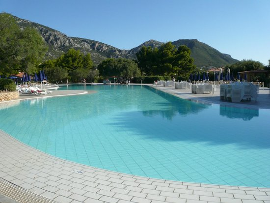 Palmasera Village Resort: pool