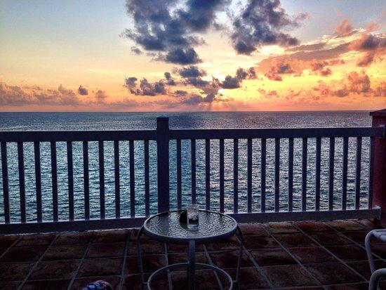 Pompano Beach Club: Sunset from room balcony