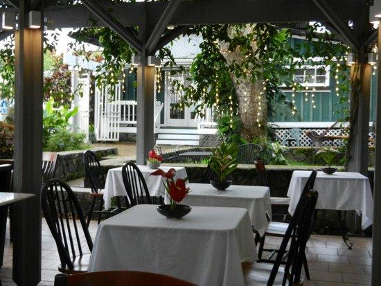 Holuakoa Cafe & Gardens : Wonderful atmosphere!
