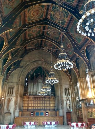 Manchester Town Hall: Main hall