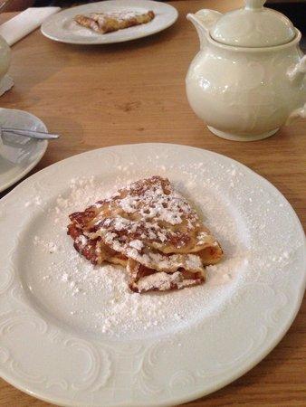 Hotel Fita: Amazing pancakes!