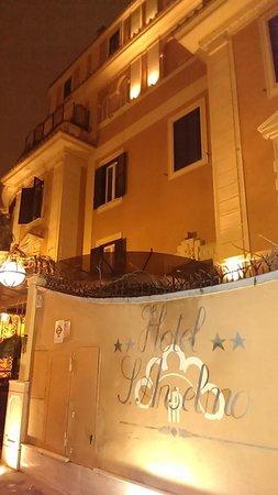 Hotel San Anselmo: outdoor