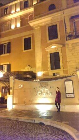 Hotel San Anselmo: outdoors