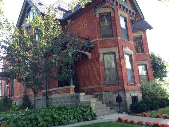Historic Webster House: The grand Webster House