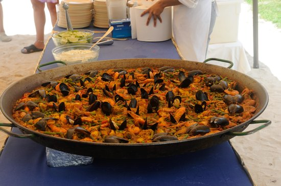 Iberostar Cozumel : Paella at the beach BBQ