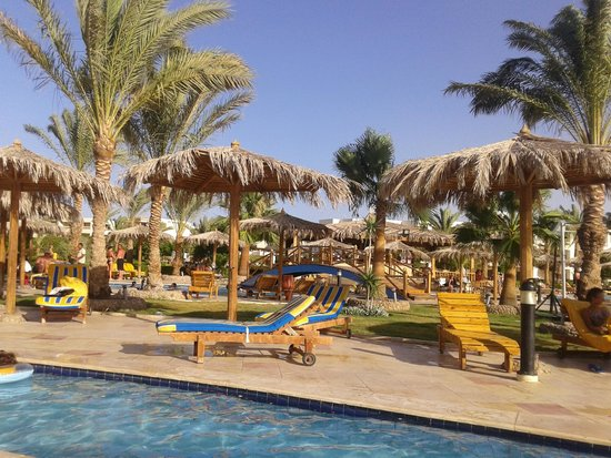 Hilton Hurghada Long Beach Resort: Pool