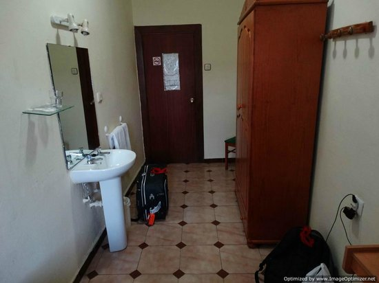 Hostal Paris : Room