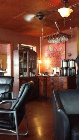 Chill Restaurant & Bar: Lounge area
