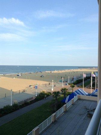 Hampton Inn Virginia Beach-Oceanfront South: View