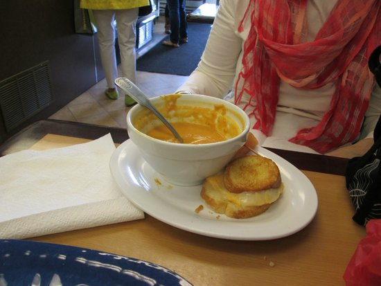 Sweet Mermaids: Curry Pumpkin Soup and Grilled Cheese sandwich