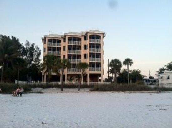 Cornerstone Beach Resort: from the beach