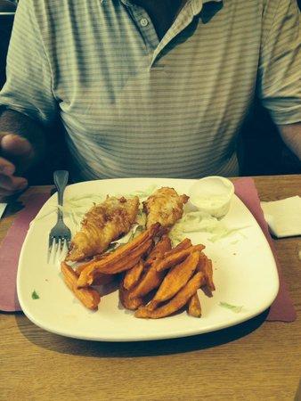 Howard's Restaurant: Fried Cod dinner