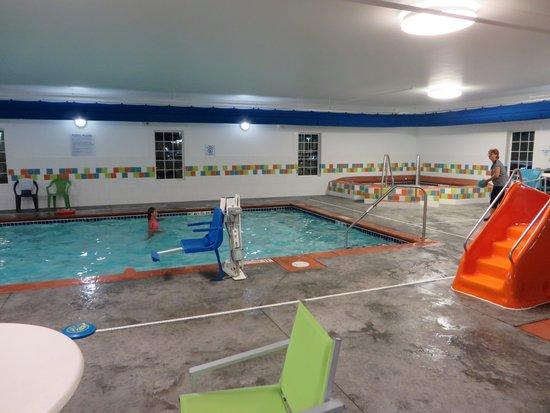 La Quinta Inn & Suites Rochester: pool
