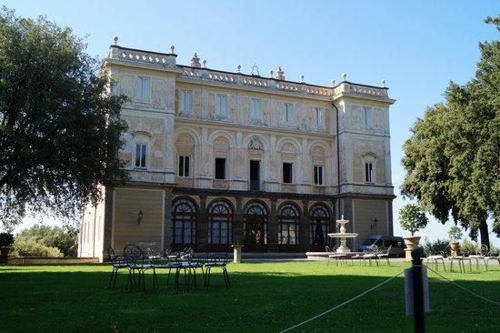 Park Hotel Villa Grazioli: Exterior