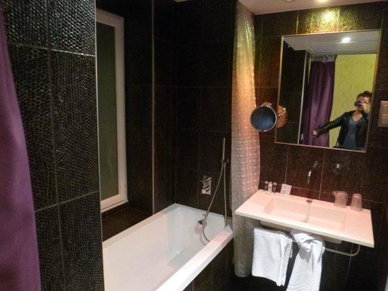 ATN : bathroom