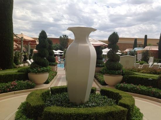 Wynn Las Vegas: wynn grounds