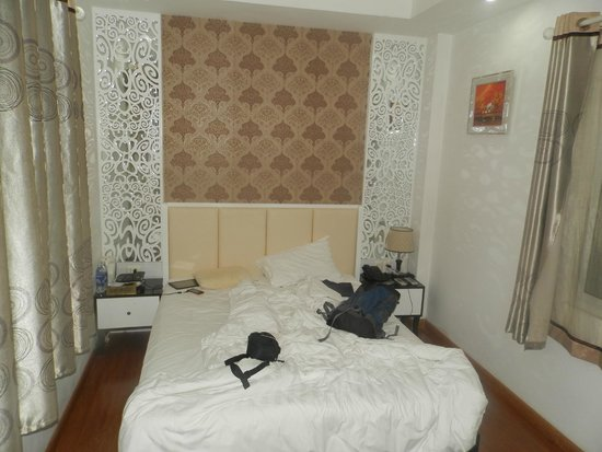 Hanoi Holiday Diamond Hotel: superior room