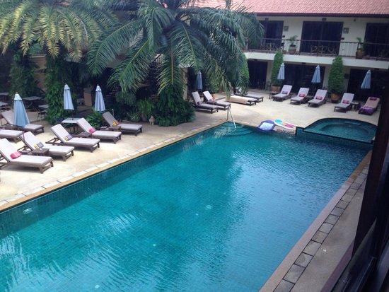 Baan Souy: Pool view