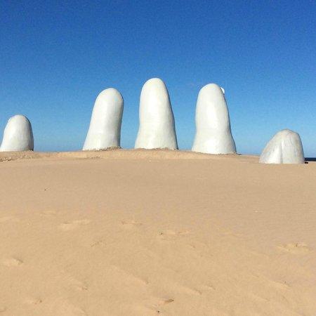 Los Dedos Playa Brava: Dedos .: Mario Irarrázabal - Punta Del Leste
