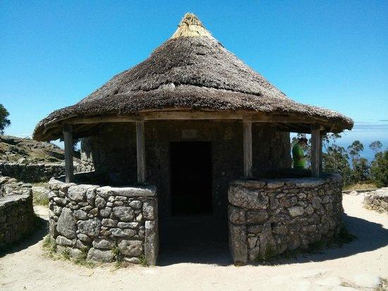 Poblado celta de Santa Tecla: Celtic dwelling