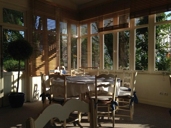 Les Loges du Parc & Spa : salle petit dej