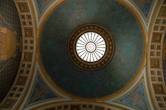 Saint Louis Art Museum: Cúpula de uma das salas. Até o prédio é uma obra de arte.