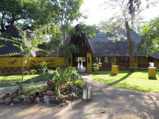 Maramba River Lodge: Dining Room