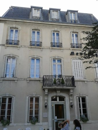 Hotel Montsegur : Vista del hotel