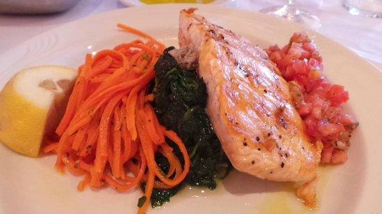 Buona Tavola : Salmon with vegetables