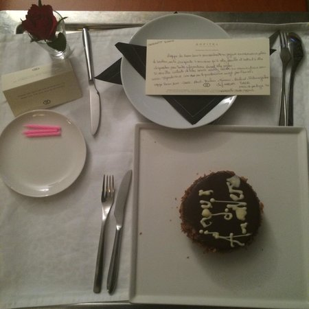 Sofitel Marrakech Palais Imperial : Surprise dans ma chambre pour mon anniversaire de la part du Sofitel! Des petites gestes qui fon