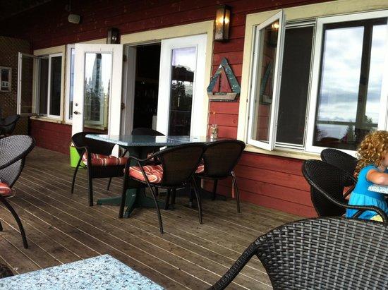 Rhubarb Restaurant: Back porch