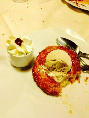L'Ancrage: Kouign amann et sa glace au blé noir