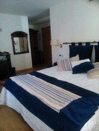 Hotel Cardenal Ram: Habitación 305