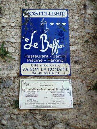 Hostellerie le Beffroi : Opgelet je geraakt er niet met een brede auto!
