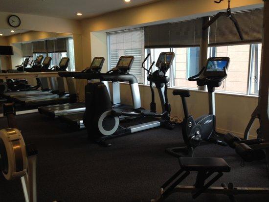 Rydges Auckland: Gym