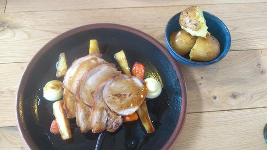 Linen Hill Kitchen & Deli: Pork Loin with grilled vegetable.