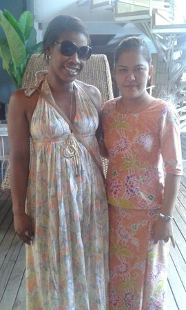 Tango Beach Resort: oilja and me infront of reception