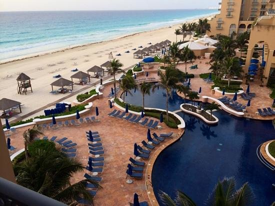 Ritz-Carlton Cancun: все номера с видом на море