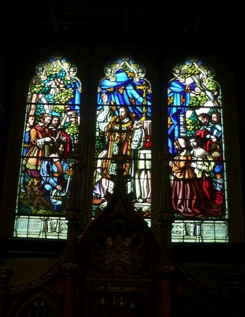 Basilique Notre-Dame de Montréal : One of the stain glass windows