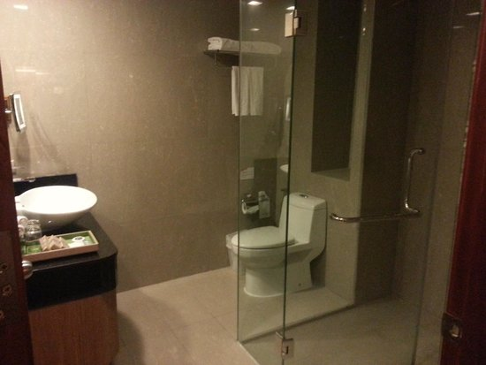The Senses Resort: Bathroom