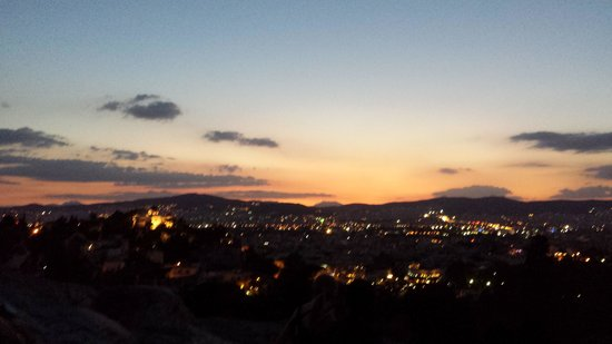 Radisson Blu Park Hotel Athens: Sunset from the hotel roof