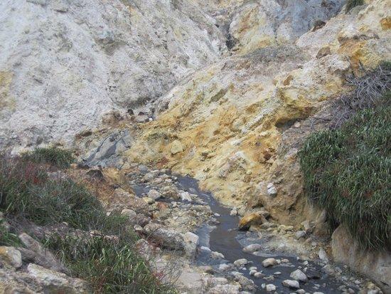 Sulphur Springs: natural beauty
