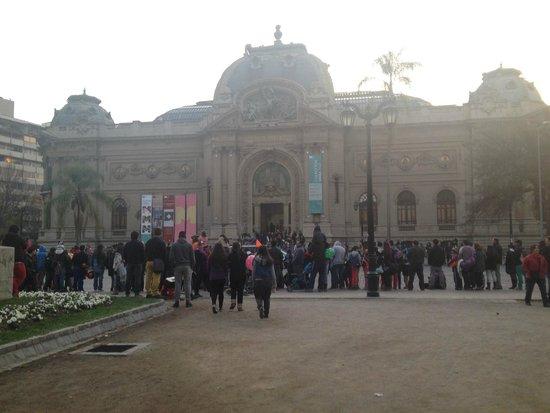 Museo Nacional de Bellas Artes: Frente do museu