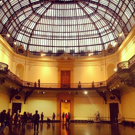 Museo Nacional de Bellas Artes: Interior do museu